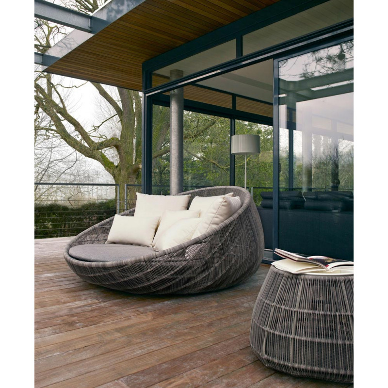 b b italia canasta 39 13 outdoor sofainsel mit rollen 180 cm. Black Bedroom Furniture Sets. Home Design Ideas