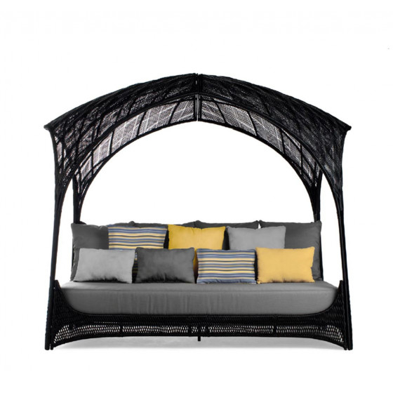 Lounge Daybed Hagia von Kenneth Cobonpue